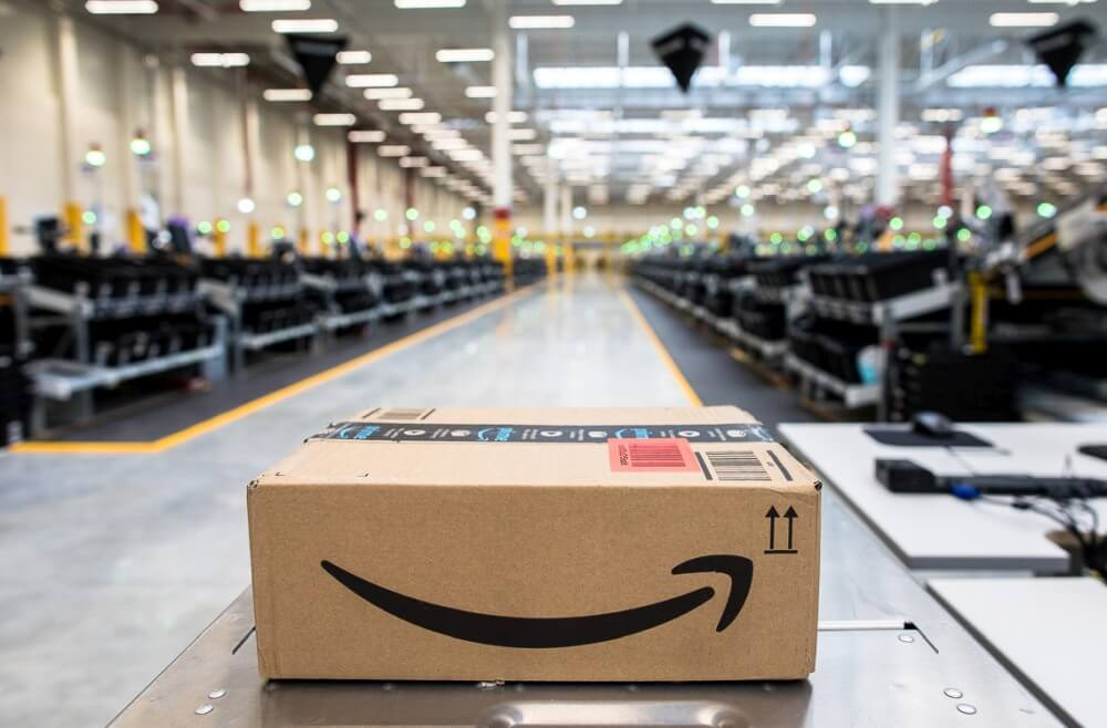 Amazon; Centrum w Okmianach